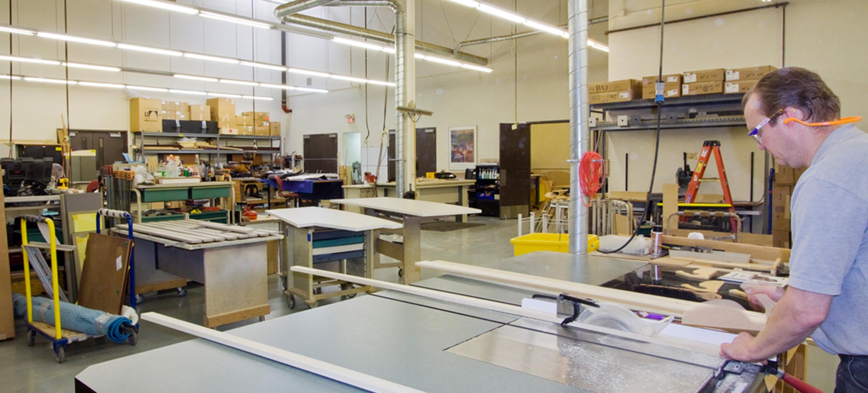 productie-mobilier-la-comanda